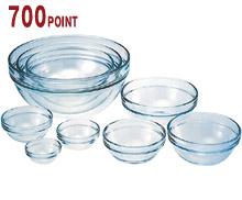 9種類のサイズで、入れ子式にスタッキングできるベストセラーのボールセットです。透明なので、調理プロセスもひと目でわかります。電子レンジ調理もOKです。W253×D253×H135mm(箱)4.0kg 素材:全面物理強化ガラス ※電子レンジ可、オーブンレンジ・直火不可、冷凍可