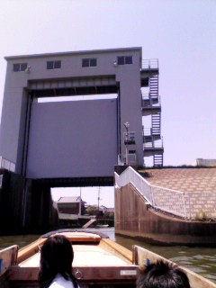 小野川排水機場の小野川水門