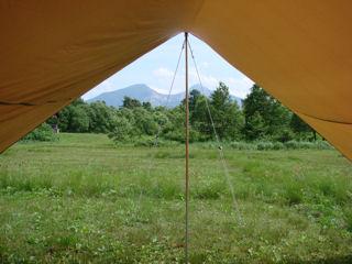 テントからも磐梯山!
