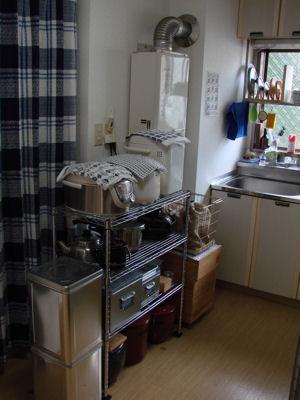 キッチン・左