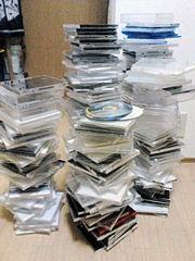 CDケースの山