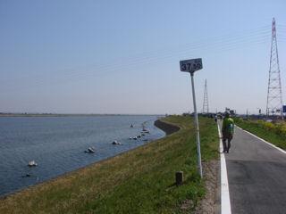利根川堤防
