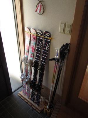 スキー用品収納