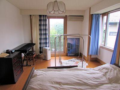 寝室+布団干し